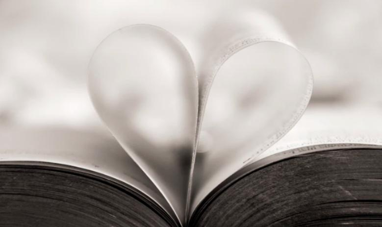 118 Love Quotes From Popular Romance Novels That Will Touch Your Soul!